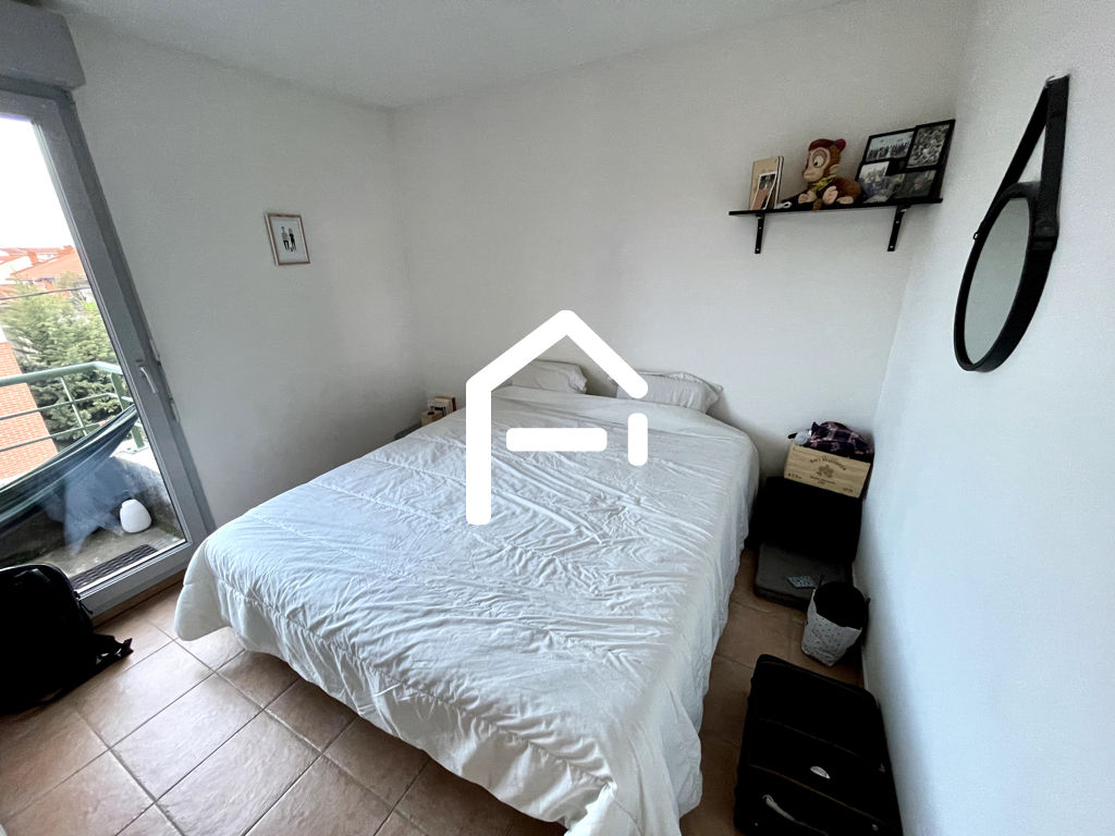 À louer : Appartement T3 62m²  , TOULOUSE Minimes / Raisins , PARKING + TERRASSE + CELLIER 4/10