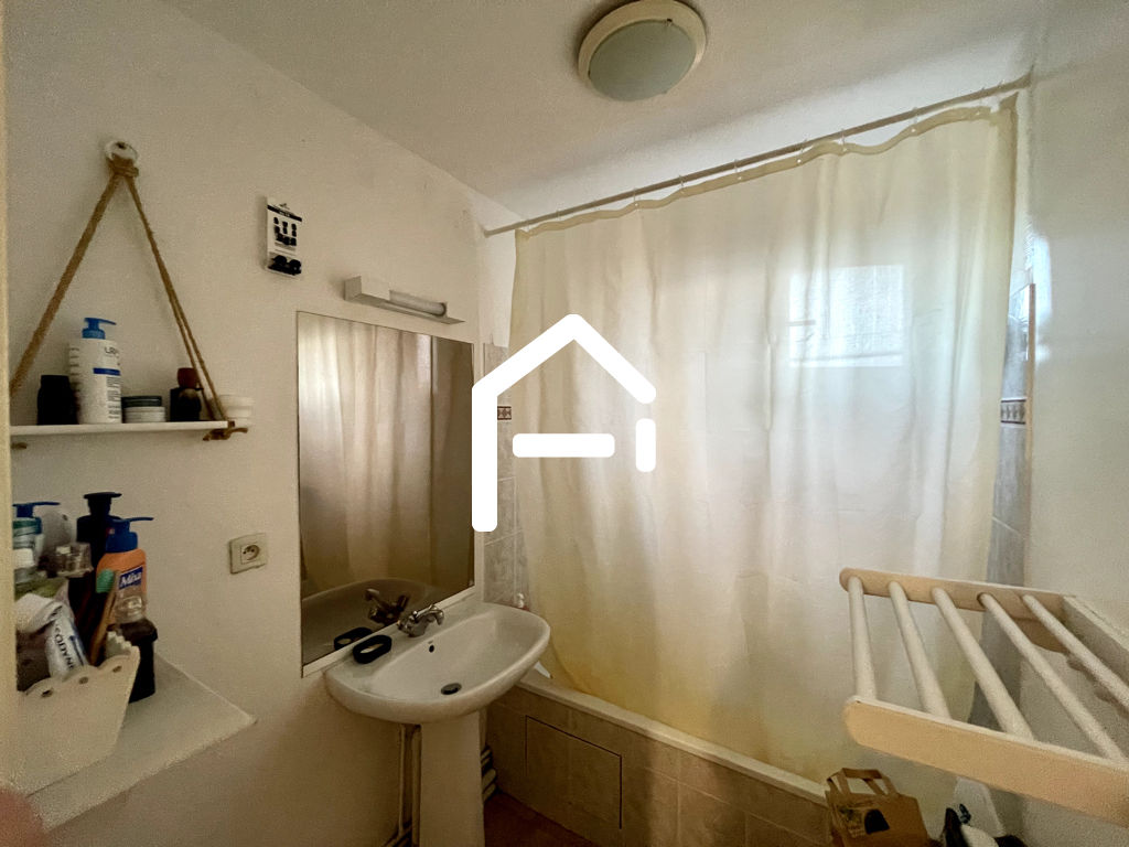 À louer : Appartement T3 62m²  , TOULOUSE Minimes / Raisins , PARKING + TERRASSE + CELLIER 7/10