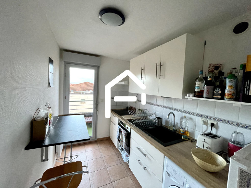 À louer : Appartement T3 62m²  , TOULOUSE Minimes / Raisins , PARKING + TERRASSE + CELLIER 9/10